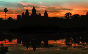 Sunrise at Angkor Wat by nuic