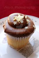 Milky Way Cupcake by BoutiqueVintage72