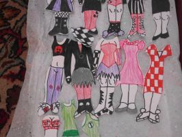 The Giant Paperdoll p2 by LittleMnM