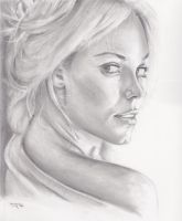 Laura Vandervoort portrait by menacestudio