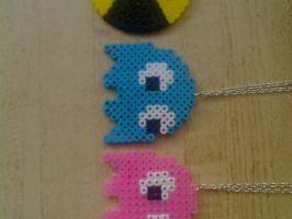 Pacman perler beads by JohnnyAre