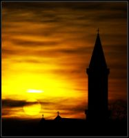 Sunset in Munich by drevilknevel