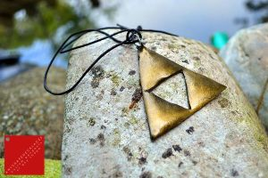 Legend of Zelda Triforce pendant by AnyShapeNecklaces
