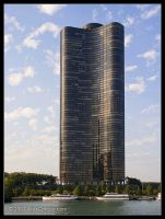 Lake Point Tower by AlexCphoto