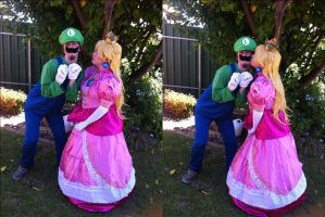 A kiss for Luigi by Reould