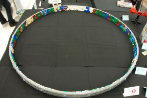Lego Halo Ringworld at BrickCon 2012 by Amezuki