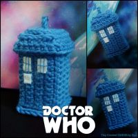 Tiny Crochet Tardis by Sini-M