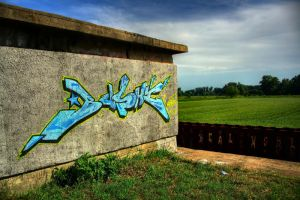 graffiti in HDR by Krzynek