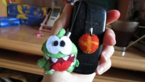 Cut the rope - Phone accessory by Angel312