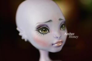 Nimph repaint - details by Amber-Honey