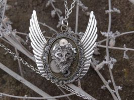 Steampunk direwolf pendant Winterfell by Hiddendemon-666