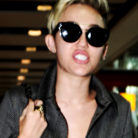 Miley Cyrus Icon/TW by turnlastsong