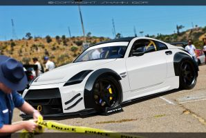 Nissan 350Z White by tuninger