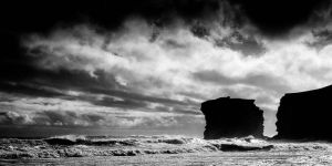 Sea and Rock by dynax700si