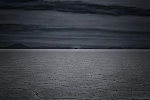 Salar de Uyuni by hexpion