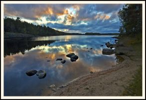 Colours of autumn sky by eswendel