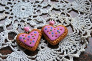 Sugar cookie earrings by Kurenai87