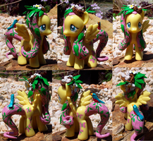 Fluttershy Custom Pony Mod by YFish