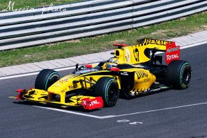Robert Overtaking Kubica by moccia