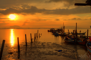 Sunrise of Dove Jetty, Penang - The tide by fighteden