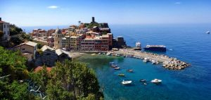 Vernazza by rhipster