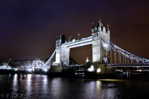 Tower Bridge by thechevaliere