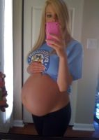 Beautiful Pregnant 69 by Onlineperson12
