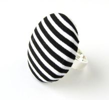 Large ring black white stripes yin yang button by KooKooCraft