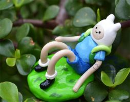 Finn adventure time figure by Sarudanya