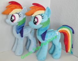 2 Dashies by GreenTeaCreations