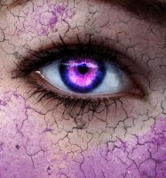 purple eye by Noreaja