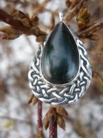 Burned malachite and silver knot pendant by danieldubis