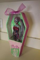 Zombie barbie Commissions by Shojo-Onigiri
