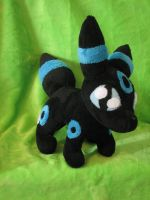 Umbreon OC Plush by HottieHulio
