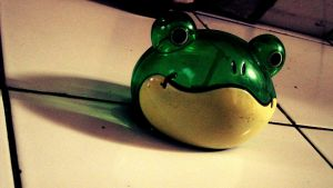 froggy bank by L-TheWindGirl
