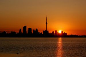 Toronto at Sunrise by jesse2010