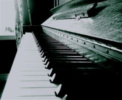 Piano Keys by rose--thorn