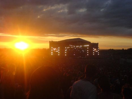 Download '06 Main Stage Sunset by Deshman