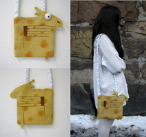 Yellow Giraffe Bag by vannesdesigns