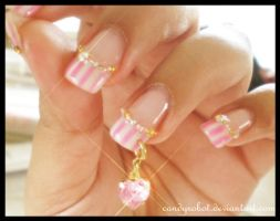 Pinky Heart Nails by CandyRobot