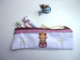 Cross stitch Zelda pencil case by Miloceane