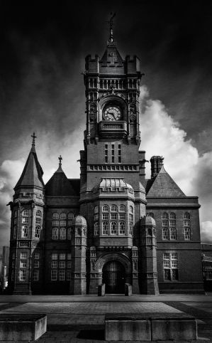 Cardif Town Hall by Wrightam