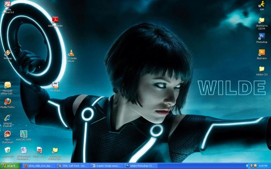Olivia Wilde Wallpaper by BlaqkElectric