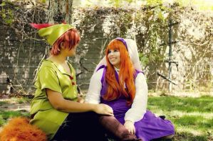 Robin Hood and maid Marian by ChibiExorcistLiz