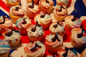 Britpop Cupcakes by Happysmitten