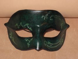 Green nature inspired leather domino mask by akinra-workshop