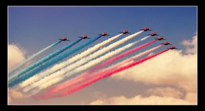 Red Arrows Kemble 03 by cocker666