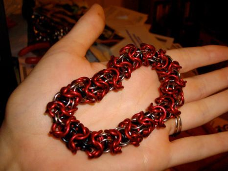 Capture Chainmaille Bracelet by MoonGoddessofCutlery
