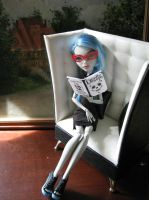 readin deadly design by ginger-muffin