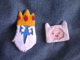 ICE KING and FINN adventure time broches by CAVAFERDI